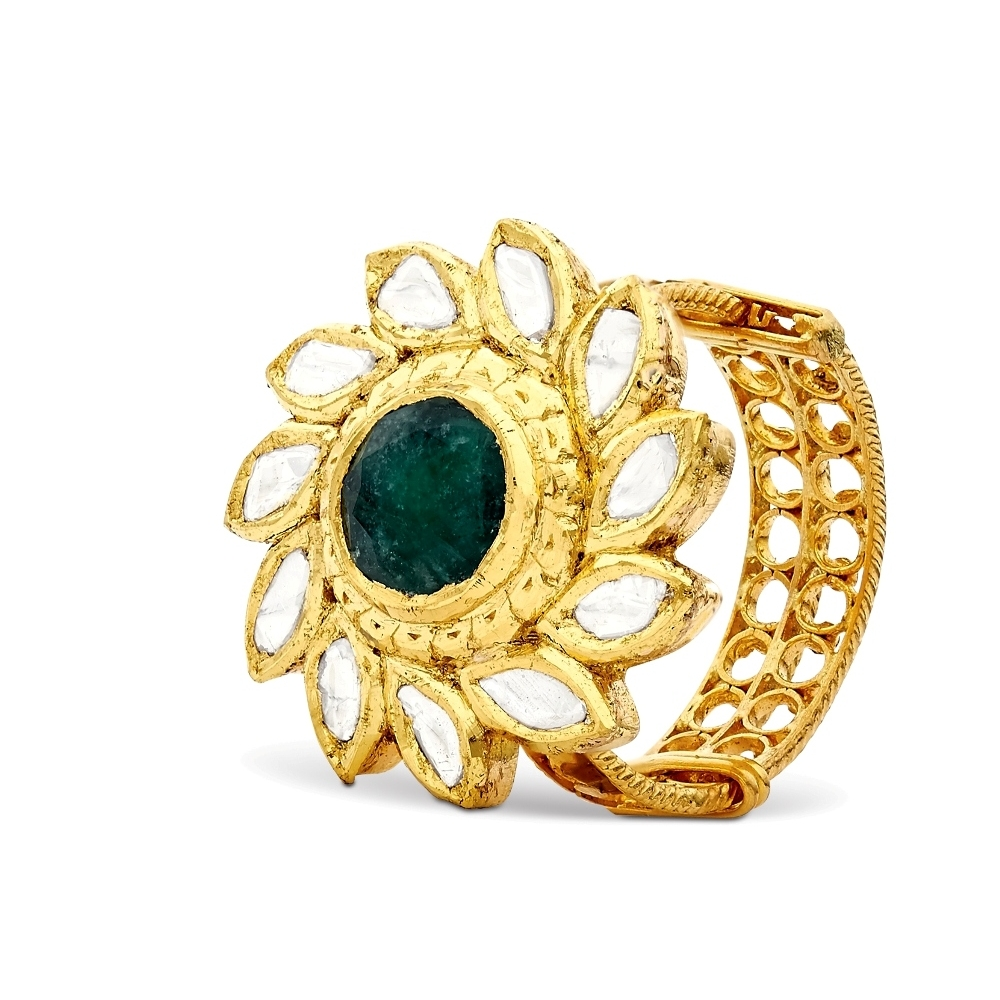 Spinning Emerald Flower Ring