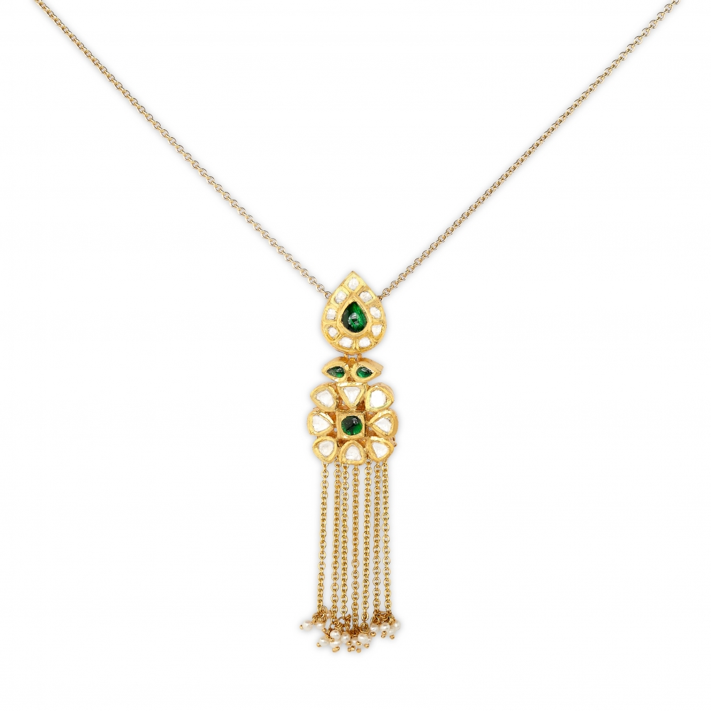 Floral Temple Emerald Necklace Set